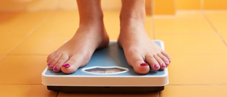 ダイエットするなら1日1回体重計に乗る