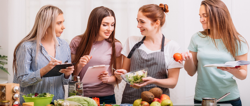 パーソナルトレーニングジムの食事指導内容とは?