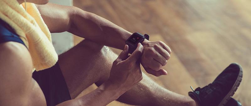 ②効率よくトレーニング!腕時計