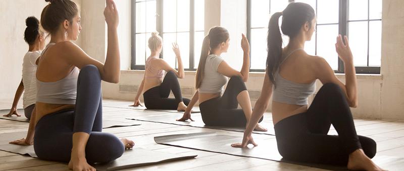 瞑想ヨガを教わるならココ!おすすめのヨガ教室3選