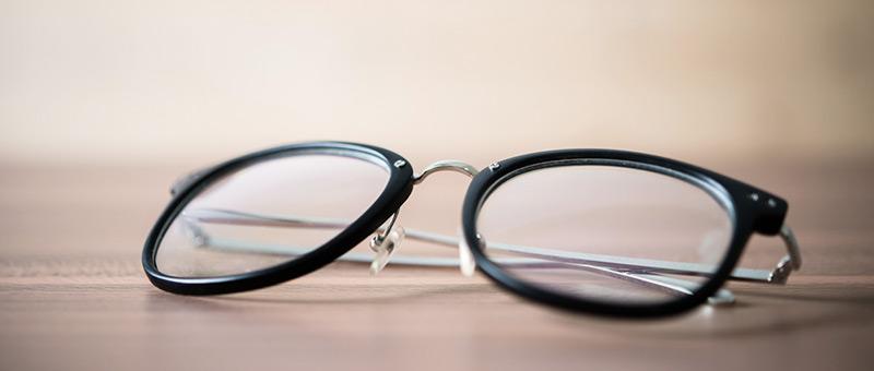 コンタクトよりもメガネがおすすめ